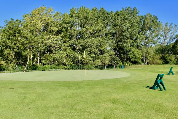 destacado-centro-entrenamiento-golf-barcelona-zona-approach-2